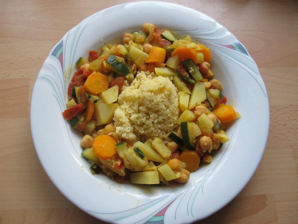 Couscous mit Curry Gemüse