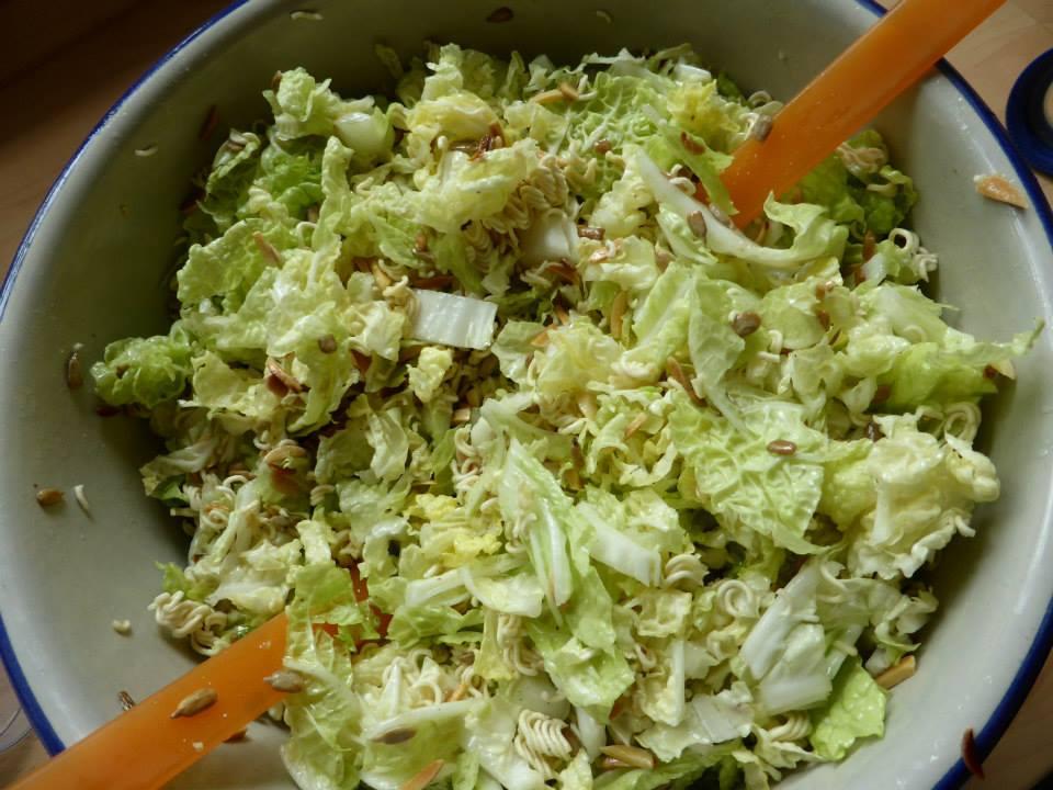 Yum Yum Salat Rezeptfamilie