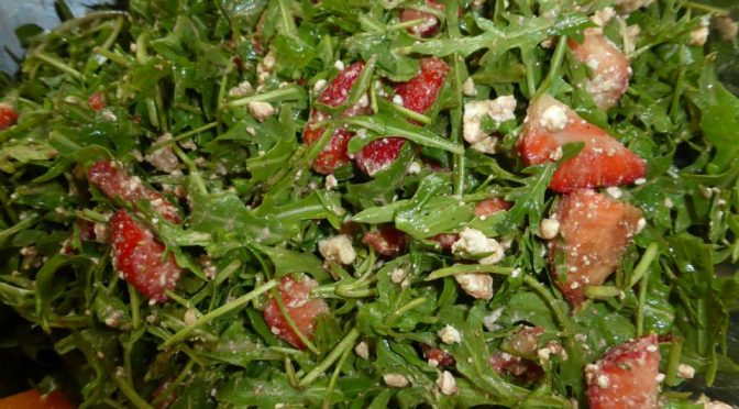 frischer Erdbeersalat