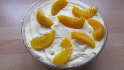 Pfirsichquark mit Pudding