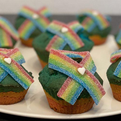 Regenbogen Muffins - Wir bleiben zu Hause - Alles wird gut - Bleibt gesund - Videoleben - Rezeptfamilie